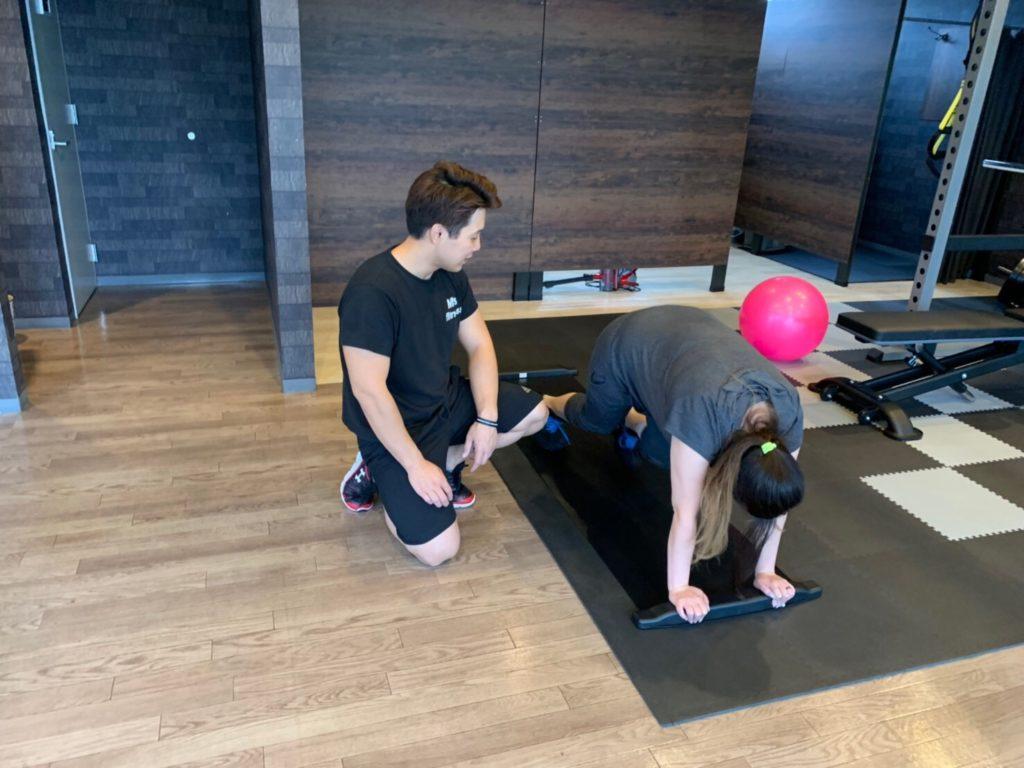 本庄市のパーソナルジム|エムズフィットネス|トレーニング風景