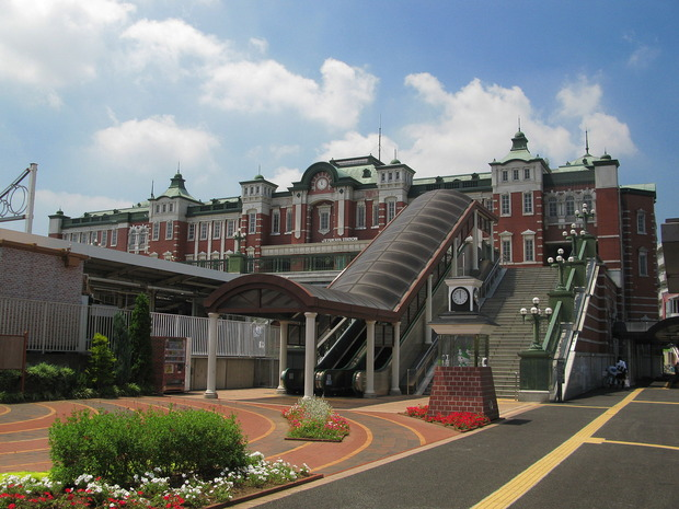Fukaya_Station_North_Entrance_1